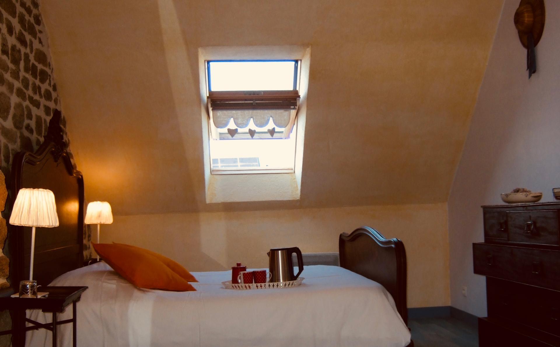 fenetre chambre gite hortensias baie mont saint michel